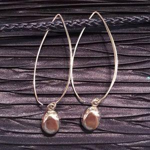 🌟SILPADA W0821 Sterling Just Dropping In Earrings